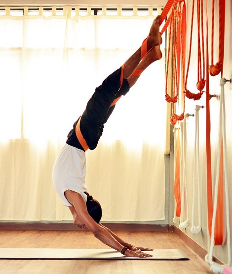 rope-yoga-in-bangkok-thailand